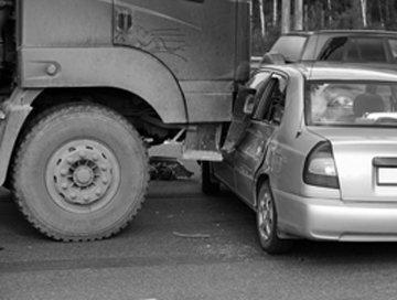 Accidentes De Camiones Comerciales De Lancaster, CA